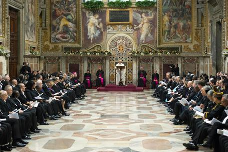 Pope Franceis meets accredited diplomats in Sistine Chapel